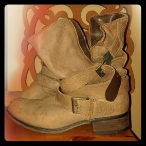 Leather boots, Steve Madden Brewzzer style 8.5